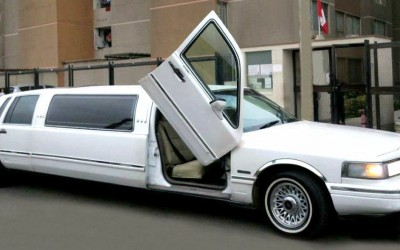 Limousine Millenium II Blanca Full de Luxe